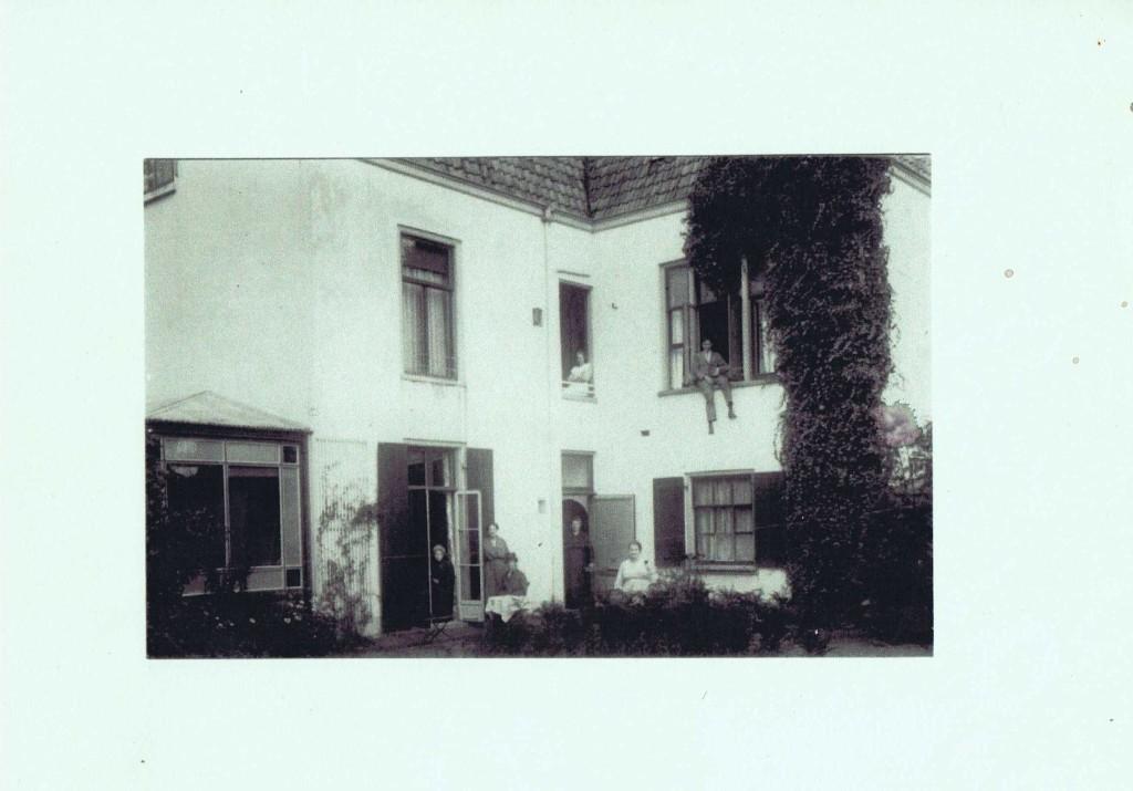 Woudenbergseweg 32 - achterkant huis - ca. 1920