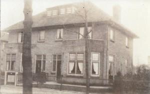 Choisyweg 8-10. Omstreeks 1925. Huis van Mevr. de Wit
