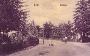 Parklaan, gezicht vanaf de Wilhelminalaan naar de Boschlaan en rechts naar het Mooielaantje. Anno 1908. Coll. Oud Seyst & Omstreken