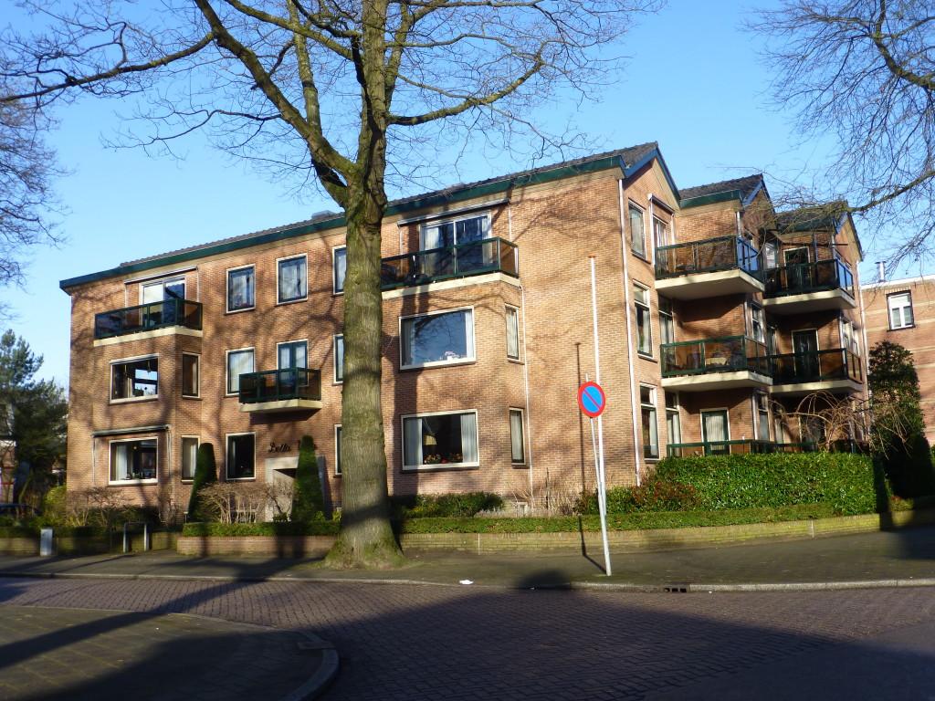 Hoek Stationslaan / Lorentzlaan
